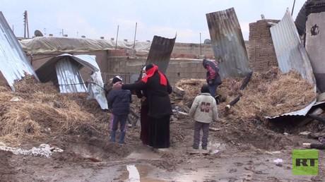 غارات للتحالف الدولي على محيط الرقة.. ومعاناة المدنيين شمال سوريا