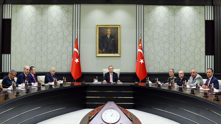 أنقرة تؤكد مواصلة جهودها لبدء مرحلة الانتقال السياسي في سوريا
