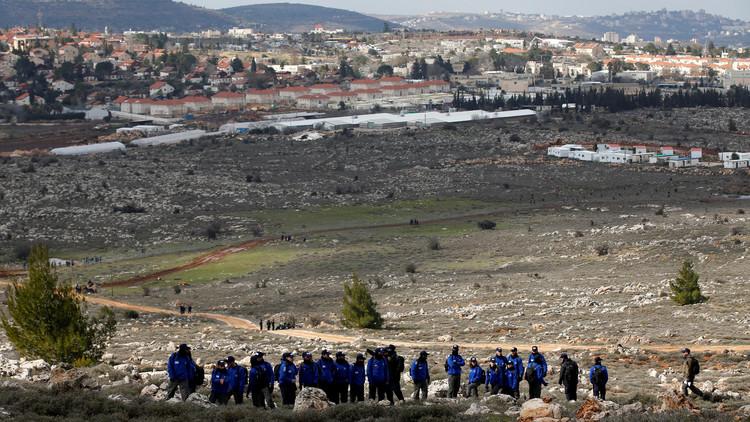 هل تخلي إسرائيل عمونا من دون مقابل؟