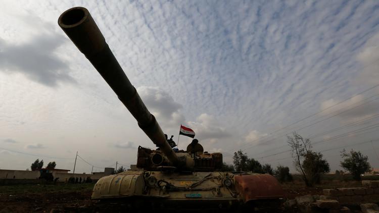 لافروف يؤكد مواصلة توريد الأسلحة والآليات الروسية إلى العراق