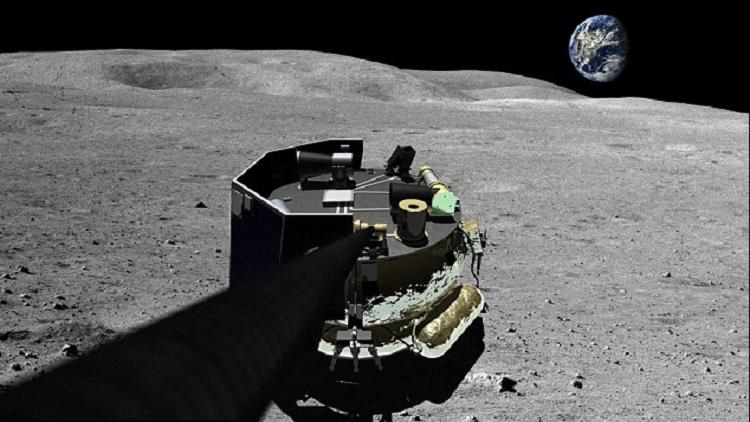 استخراج المعادن من سطح القمر عام 2017