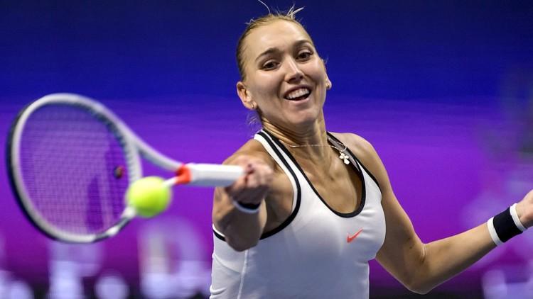 الروسية فسنينا تواصل التألق في بطولة بطرسبورغ