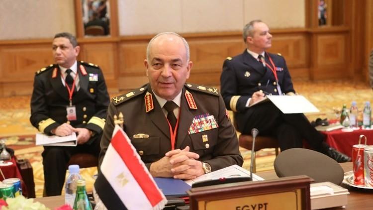 رئيس الأركان المصري يبحث في لندن خطر