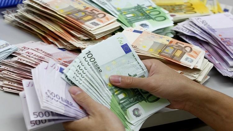 1200يورو لكل لاجئ يعود إلى وطنه