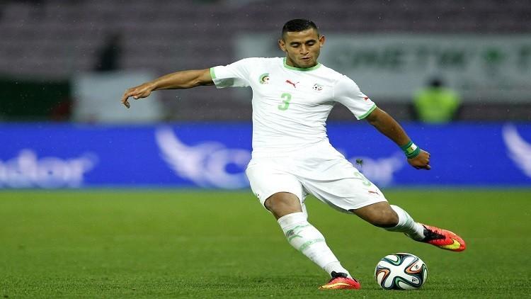 ريال مدريد يدرس إمكانية التعاقد مع لاعب عربي