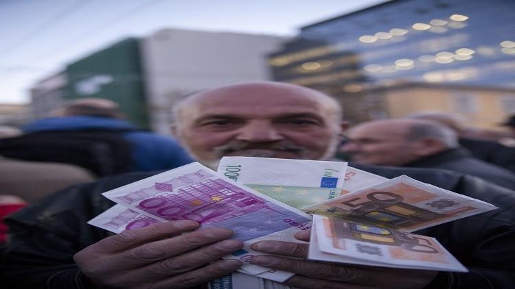 ارتفاع دين اليونان بنحو 5 مليارات يورو