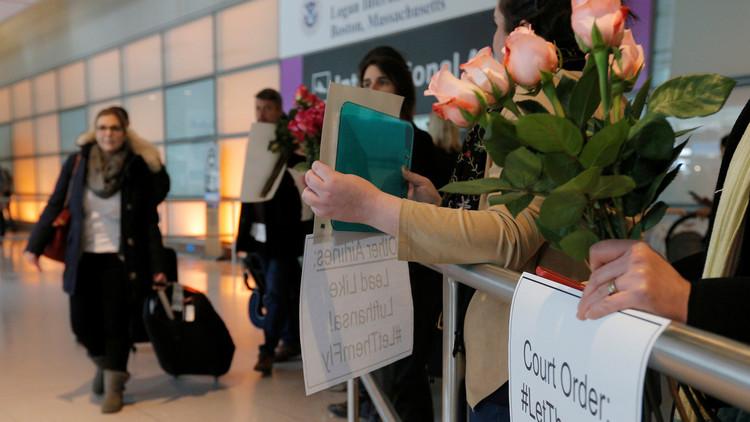 واشنطن تعيد العمل بالتأشيرات المعلقة جراء قرار ترامب