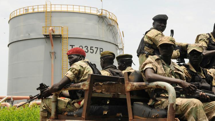 القاهرة تنفي قصفها متمردي جنوب السودان