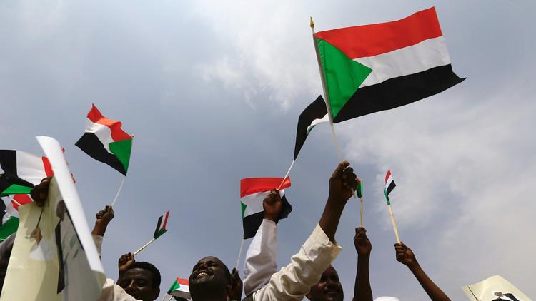 قرار ترامب لن يمنع السودان من تعزيز علاقاته مع واشنطن