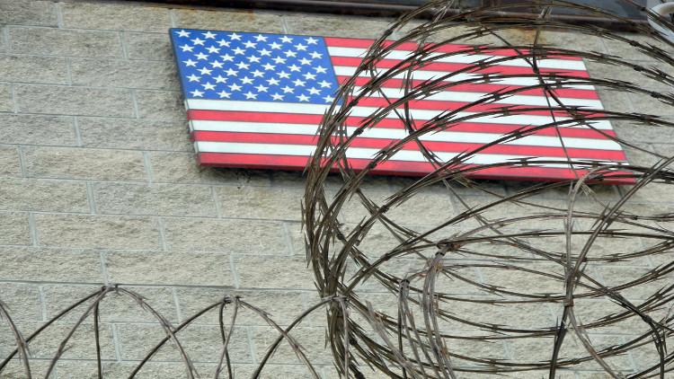 إدارة ترامب ترفض تشغيل السجون السرية
