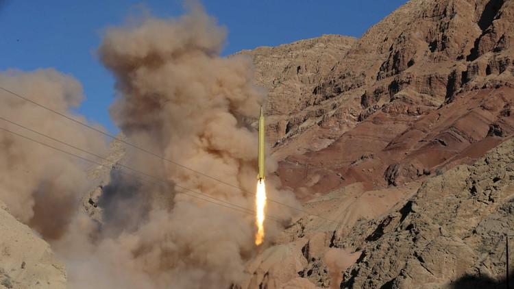 روايات أربع عن صاروخ  إيران الأخير