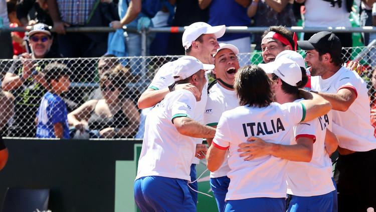 إيطاليا تجرد الأرجنتين من لقب كأس ديفيز