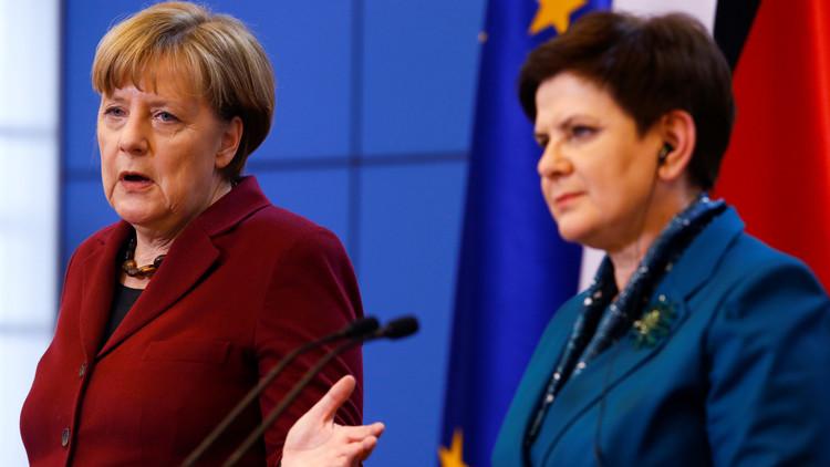 ميركل: لا يمكن رفع العقوبات المفروضة على روسيا  بشأن أوكرانيا