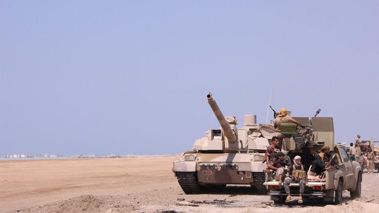قوات هادي تتقدم في المخا اليمنية بدعم من التحالف العربي