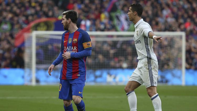 برشلونة يحلم بانتزاع الصدارة من غريمه ريال مدريد ولو مؤقتا
