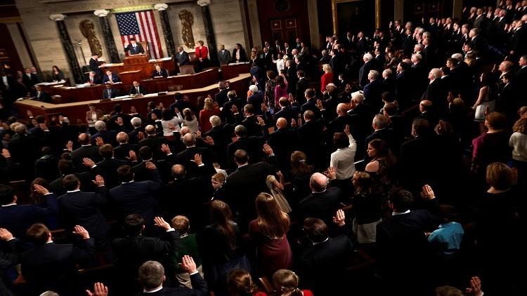 ترامب يتهم الديمقراطيين بعرقلة تشكيل الحكومة