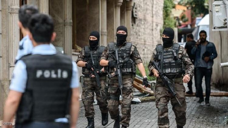 الاعتقالات ستوصل تركيا إلى الاستفتاء