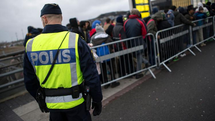 إدانة صحفيين ساعدوا في نقل لاجئ سوري إلى السويد
