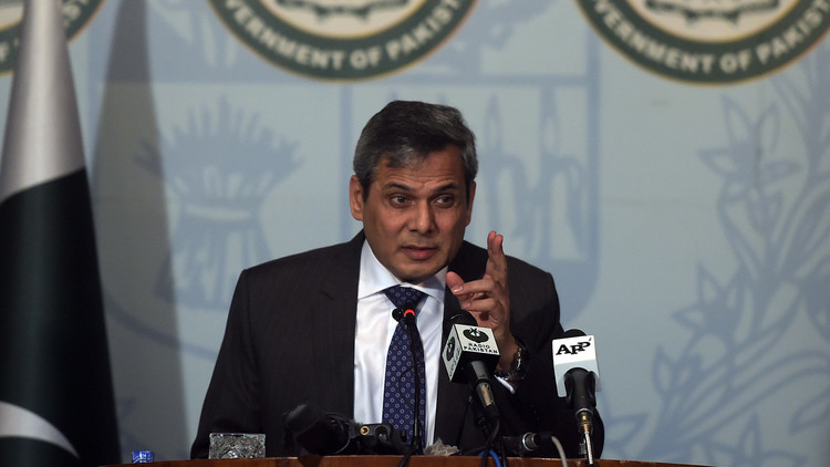 باكستان تتهم الهند ببناء