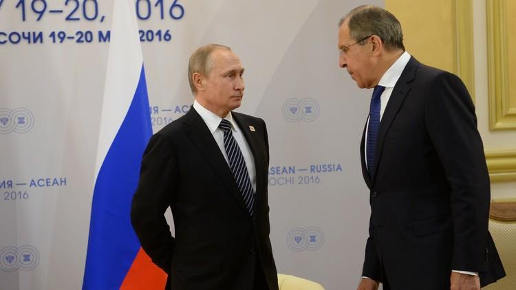 بوتين يحدد المهمات الأساسية أمام الدبلوماسية الروسية