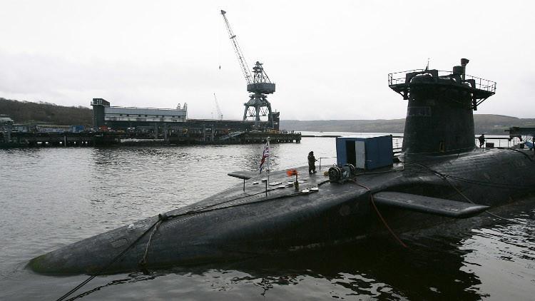 صحيفة تكشف عن فضيحة في سلاح الغواصات البريطاني