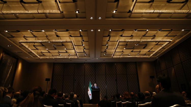 الائتلاف السوري المعارض يعلن الاتفاق على تشكيل وفد موحد إلى جنيف