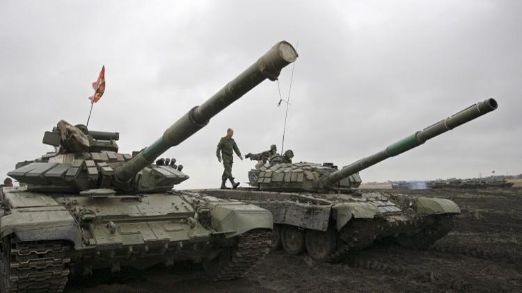 بيسكوف: روسيا لم ترسل متطوعين أو دبابات إلى مناطق النزاع في أوكرانيا