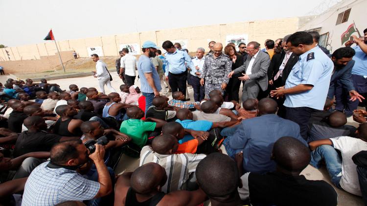 روما تتفق مع طرابلس على تمويل مراكز احتجاز المهاجرين في ليبيا