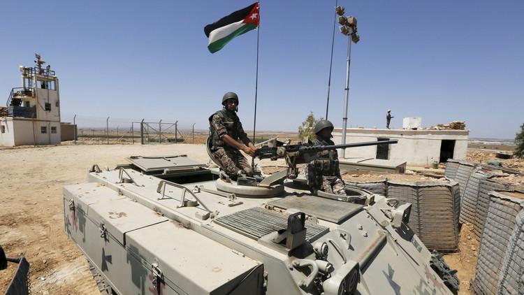 الجيش الأردني يعتقل 5 مهربي مخدرات حاولوا التسلل من سوريا