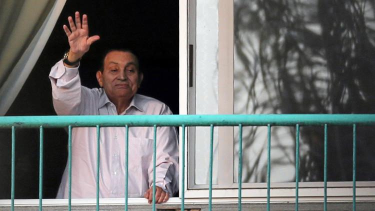 بالفيديو.. مبارك يخاطب المصريين في ذكرى تنحيه ويفجر مفاجأة بشأن تيران وصنافير