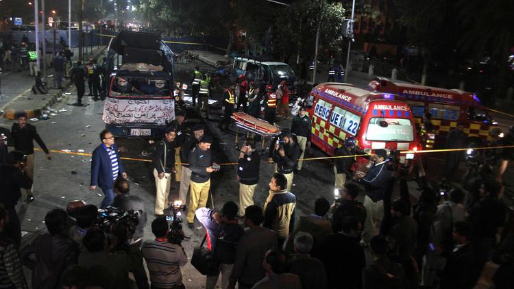 13 قتيلا وأكثر من 80 جريحا في انفجار بلاهور الباكستانية.. وطالبان تتبنى