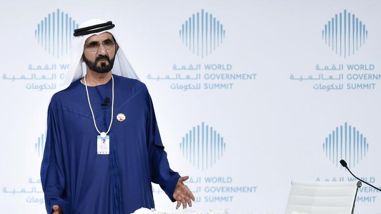 حاكم دبي: القذافي طلب منا بناء