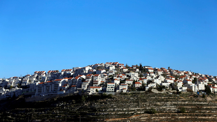 فلسطين تدعو إلى فرض عقوبات على بنوك إسرائيلية