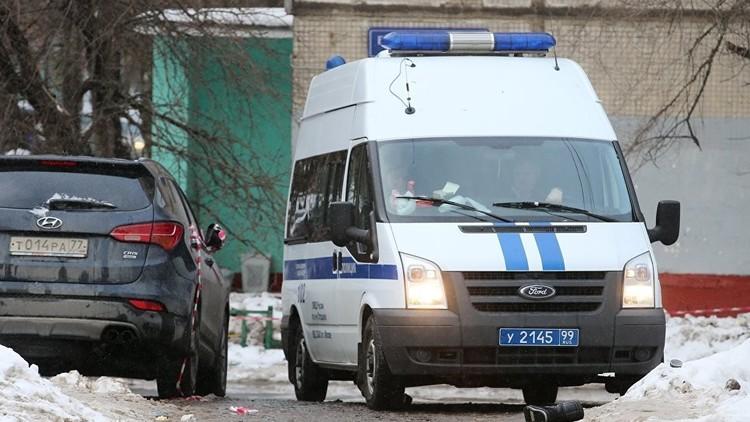 بالفيديو.. هجوم مسلح على سيارة مصفحة لنقل الأموال في وضح النهار بموسكو