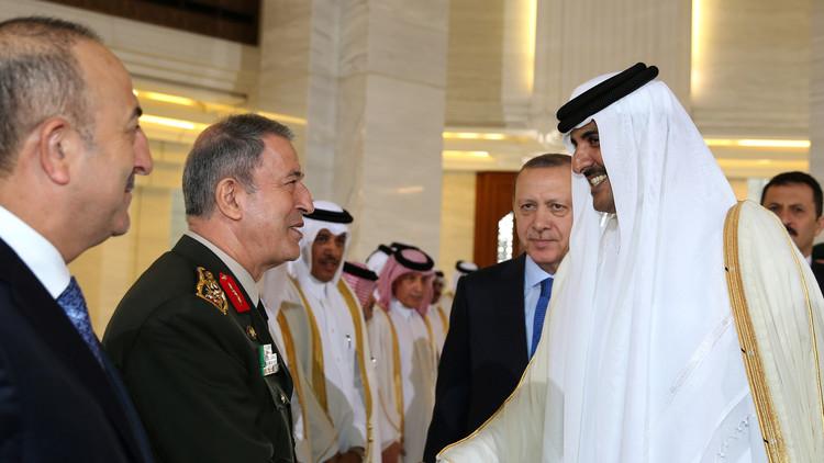 وزير الخارجية التركي: علينا الإصرار على فكرة المناطق الآمنة في سوريا