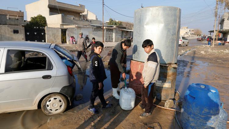 الجوع يتربص بـ 140 ألف طفل عراقي في الموصل