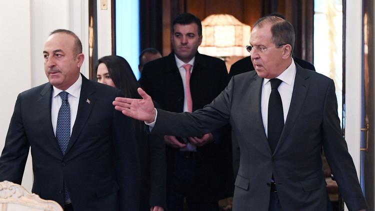 لافروف يبحث مع نظيره التركي تعزيز نظام الهدنة في سوريا