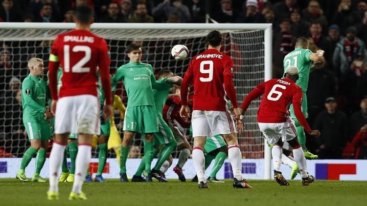 مانشستر يونايتد وروما يقتربان من ثمن نهائي