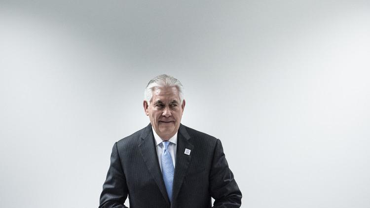 وزير الخارجية الأمريكي في دائرة الأضواء