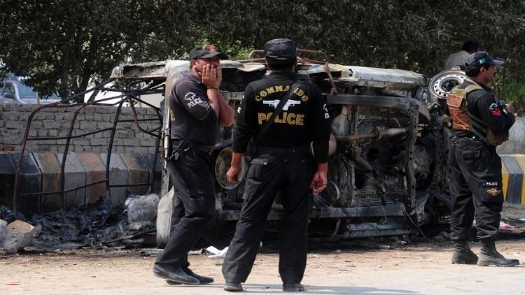 باكستان تشن حملة أمنية بعد تبني