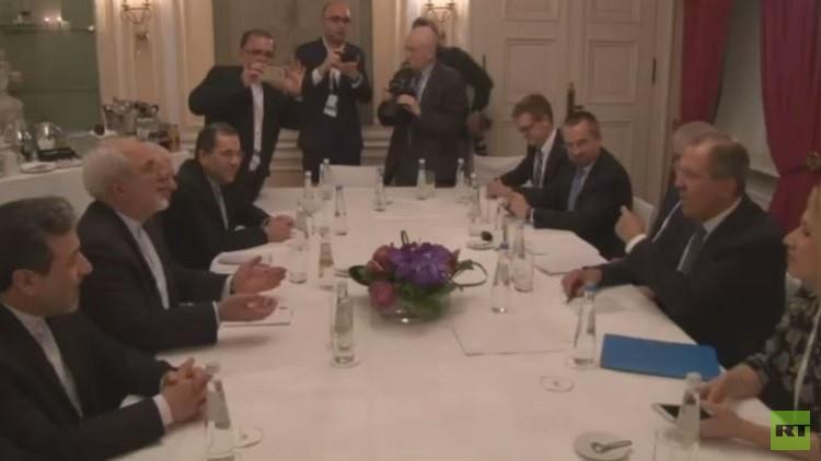 لافروف وظريف يبحثان الأزمة السورية