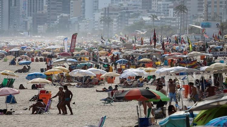 الرقص مع الملايين في كرنفال ريو دي جانيرو