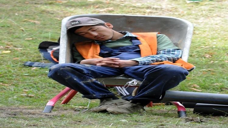 قلة النوم تكبد الاقتصاد الياباني 138 مليار$