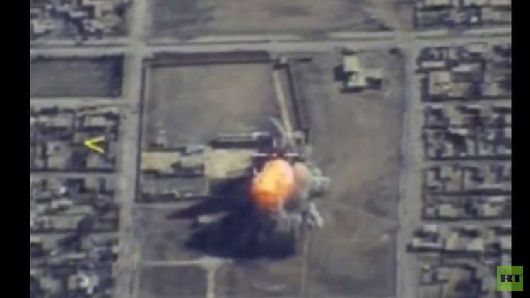 قاذفة تو-95 تدمر مركز قيادة