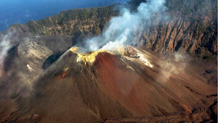 البركان الناشط الوحيد في الهند يعود للحياة بعد 150 عاما