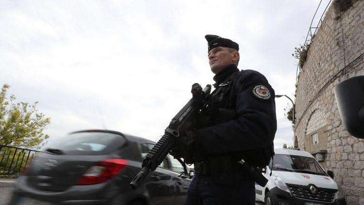 اعتقال 3 مشتبه بهم في التخطيط لهجمات إرهابية في فرنسا