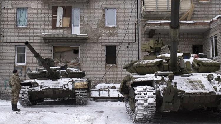 غريزلوف يذّكر كييف بموعد سحب أسلحتها الثقيلة من خط التماس