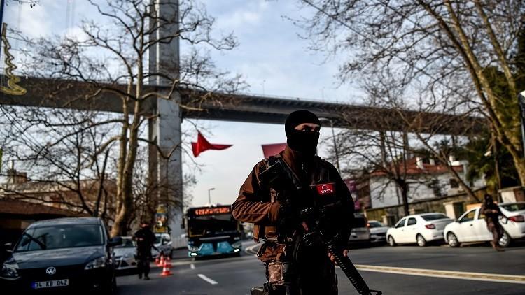 تركيا: اعتقال 35 شخصا يشتبه بأنهم أعضاء في