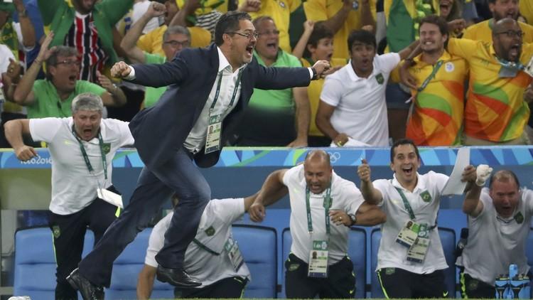 إقالة روجيرو ميكيل مدرب منتخب البرازيل لما دون 20 عاما