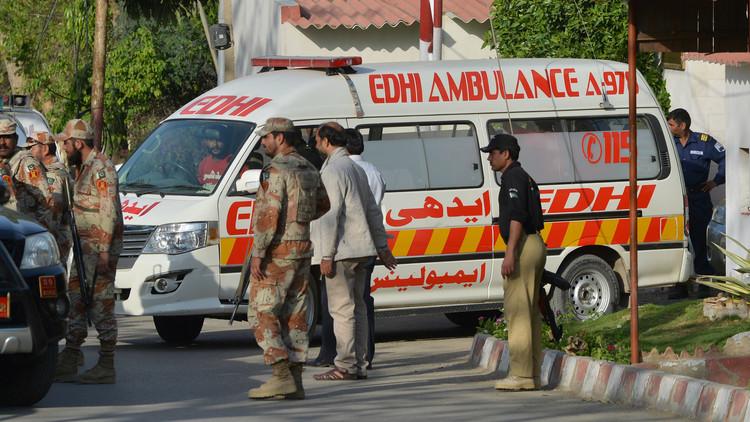 باكستان.. مقتل 6 أشخاص وإصابة 15 آخرين بتفجير قنبلة في لاهور